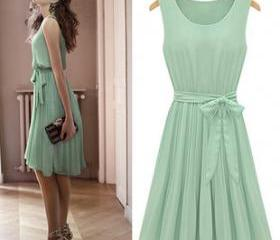 Lace Dress in Mint C..